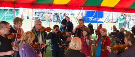 Kitty running a fiddle workshop at Shrewsbury Folk Festival